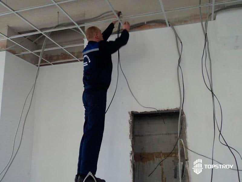 Электромонтажные работы в офисном здании