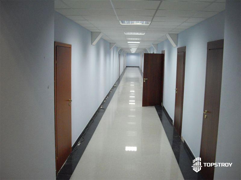Косметический ремонт коридора офисного здания