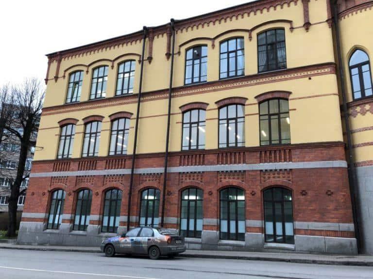 фасад лицея после реставрации